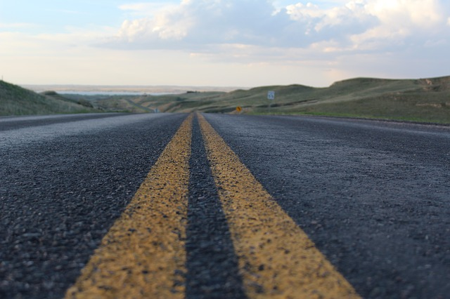 country-road-767061_640